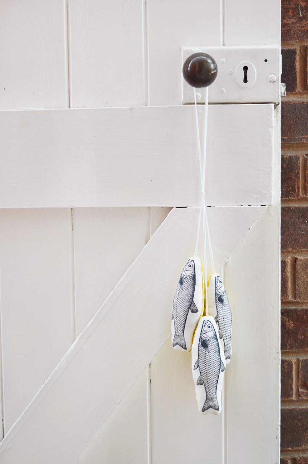 DIY hanging fish decoration #sewing tutorial