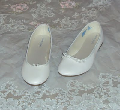 ordinary-white-shoes-from-walmart
