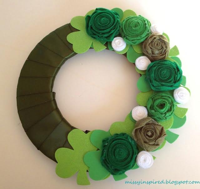 rosettes St Patricks day wreath