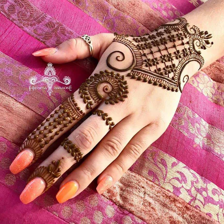 simple-mehendi-designs-easy
