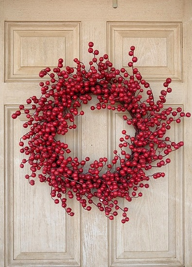 berry red wreath