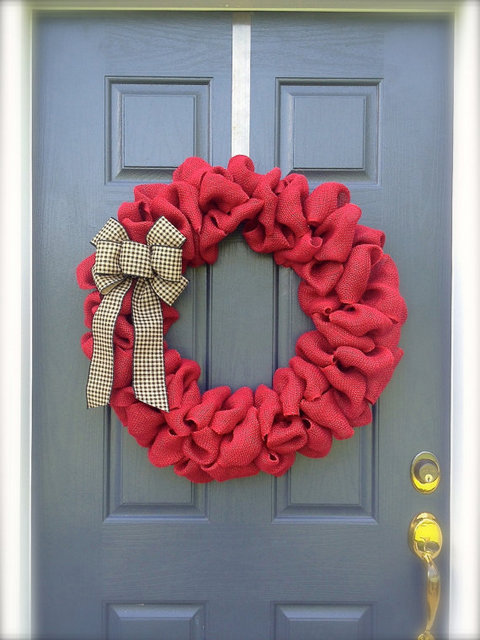 red bubble wreath