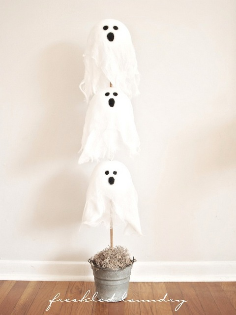 Ghost halloween topiary tutorial