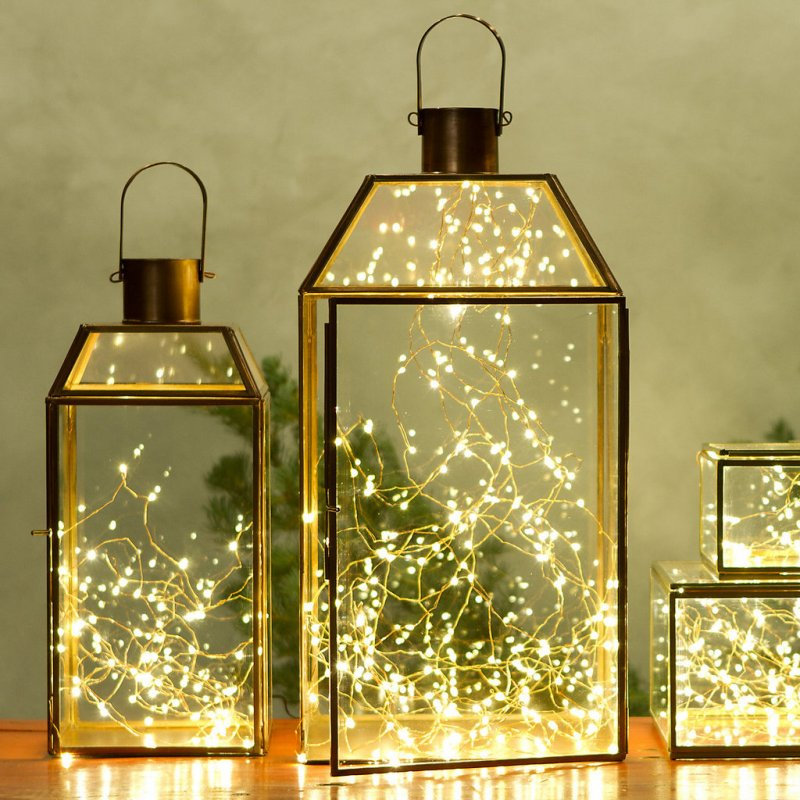 Holiday lights lanterns
