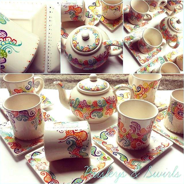 Henna art pottery