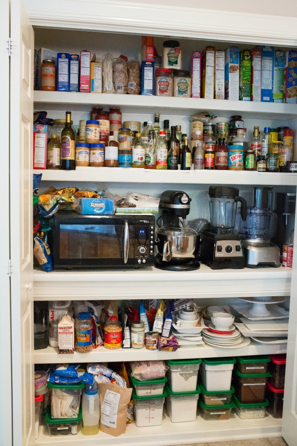 how to stock a baking pantry