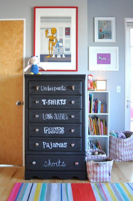 Labelled-kids-drawers-chalkboard-dresser
