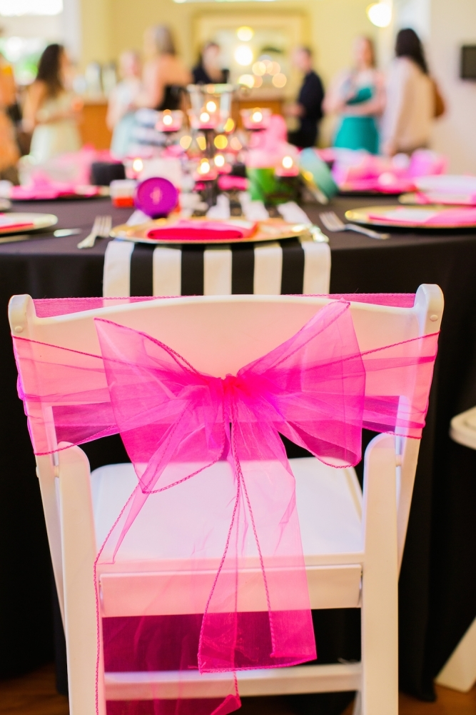 Tulle bow wedding chair