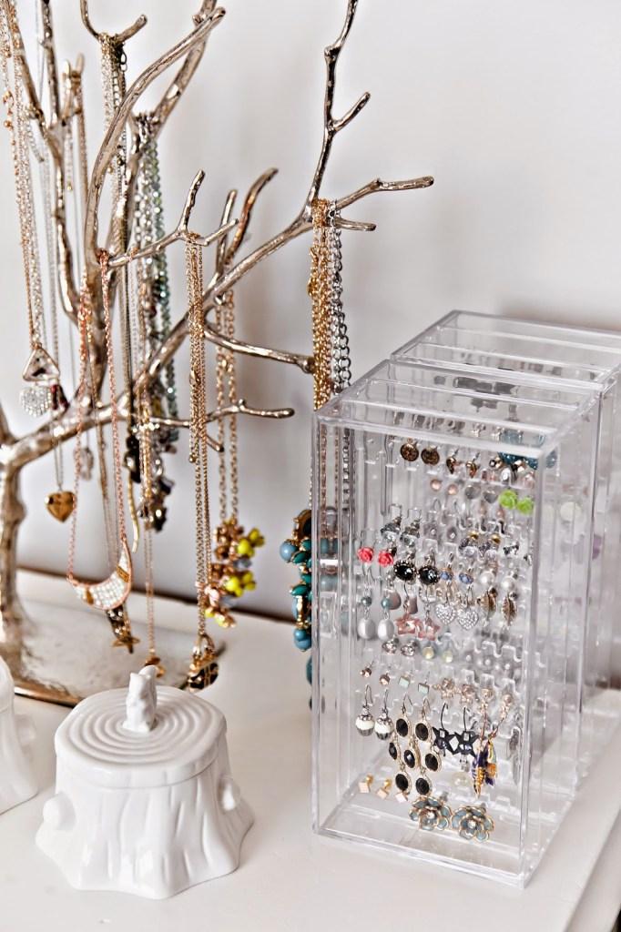 New jewelry organizer