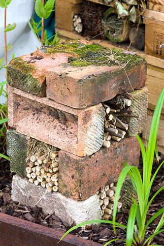 diy-Bug-hotels-made-from-bricks-and-bamboo