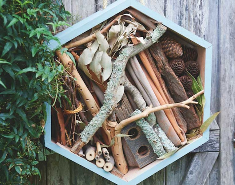 how-to-make-your-own-bug-hotel-tutorial-material