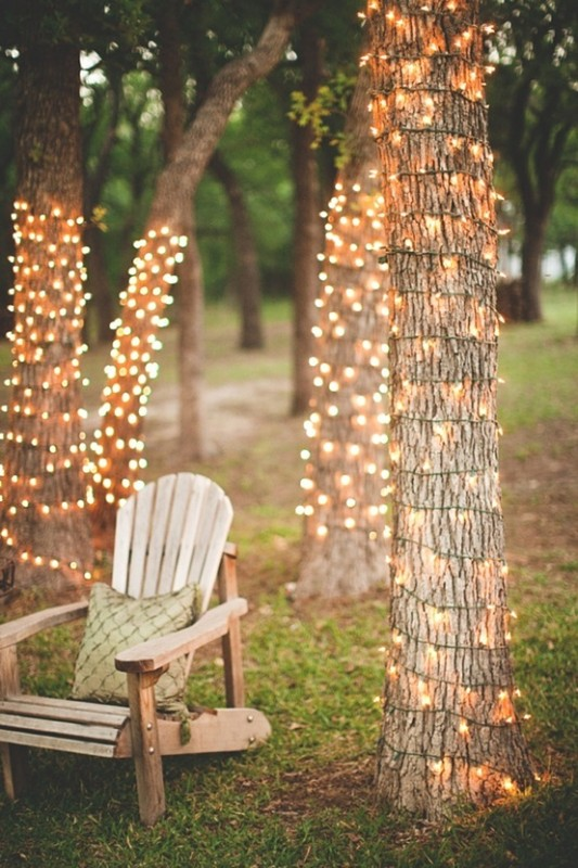 how-to-wrap-outdoor-lights-around-the-tree-landscaping-lights
