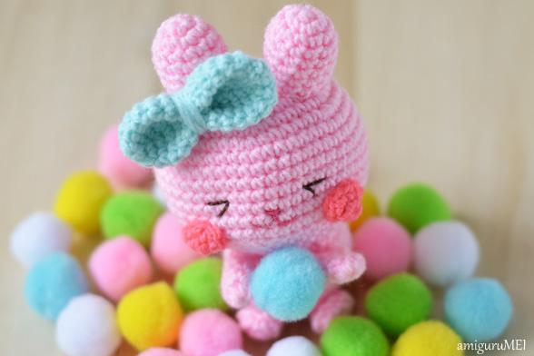 easter bunny amigurumi