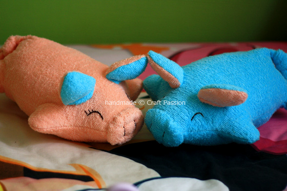 piggy pillows