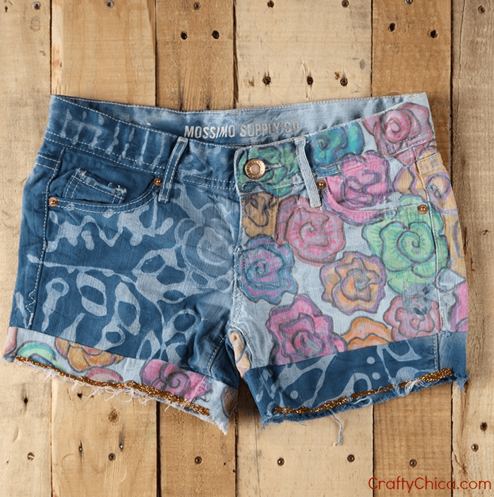 floral-shorts-wood