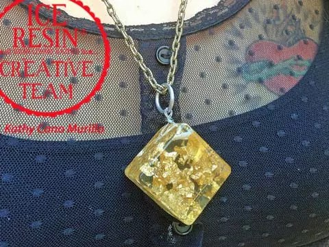 goldleafpendant-iceresin-cr