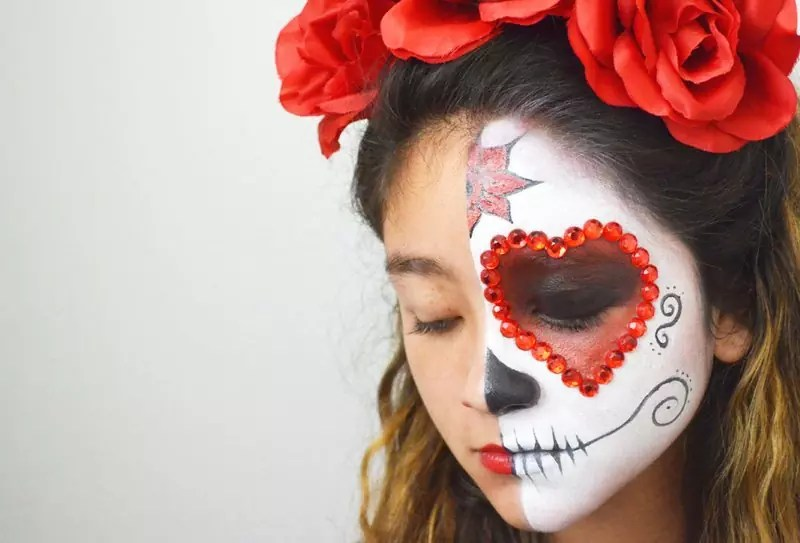 143-80497-day-of-the-dead-face-painting-tutorial-1412629110