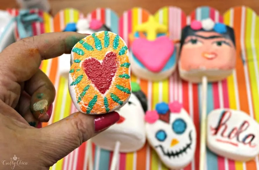 Edible painted marshmallows by Crafty Chica.
