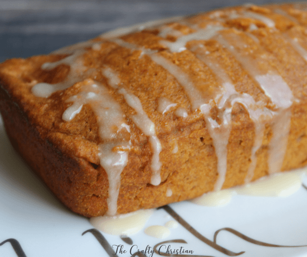 Not everything has to be unhealthy during the fall. Here are 8 of the best healthy pumpkin treats around, perfect for those with chronic illness!