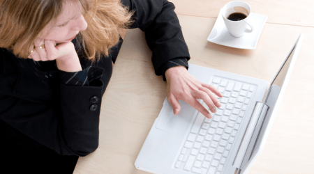 Moms Can Blog at Home and Keep the Sanity – 6 Easy Tips!