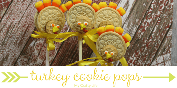 turkey cookie pops - Looking for an adorable treat to make for your Thanksgiving table or your little guests? These turkey cookie pops will make your decorations edible and super fun!