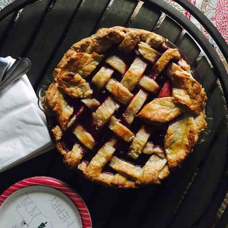 Triple Berry Pie with 7UP Pie Crust