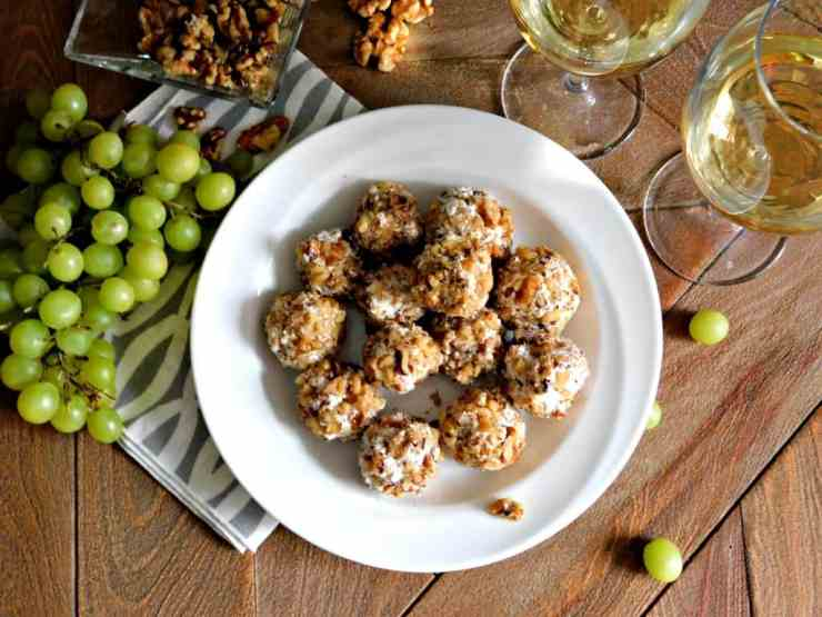 Grape and Goat Cheese Ball Appetizer