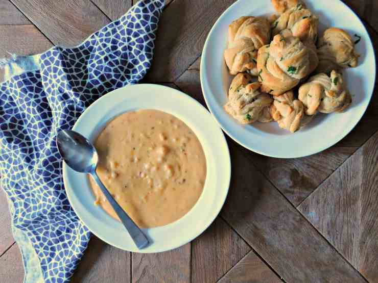 Easy Stay at Home Date Night with Idahoan Steakhouse Soups and Parmesan Garlic Knots Recipe