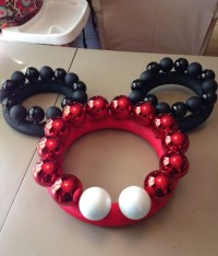 Minnie Mouse Christmas Door Decoration | www.indiepedia.org