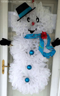 Deco Mesh Snowman Wreath - Crafty Morning