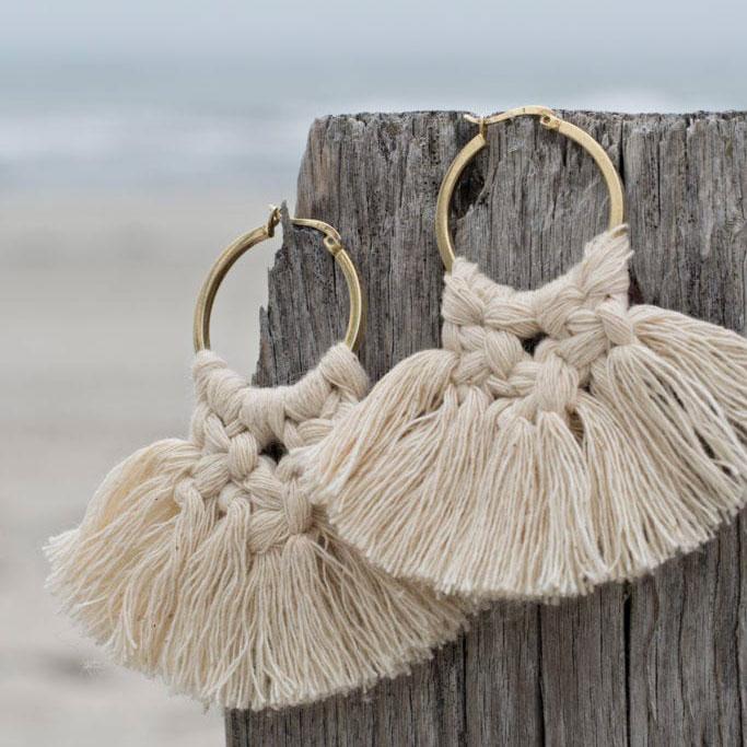 Macrame earrings, photo