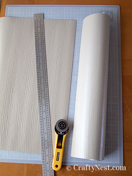 Cut the shelf liner, photo