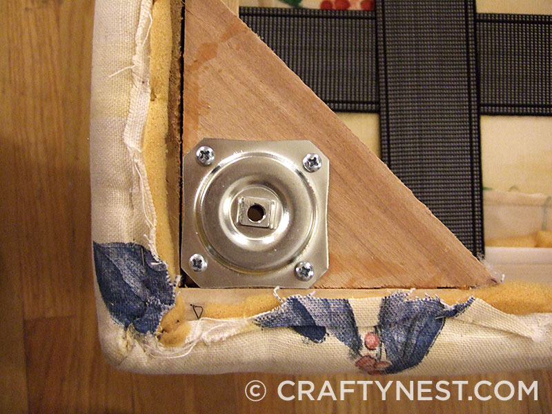 Attach mounting plates, photo