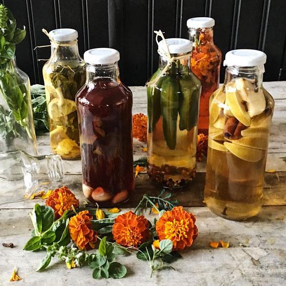 Flavored vinegars, photo