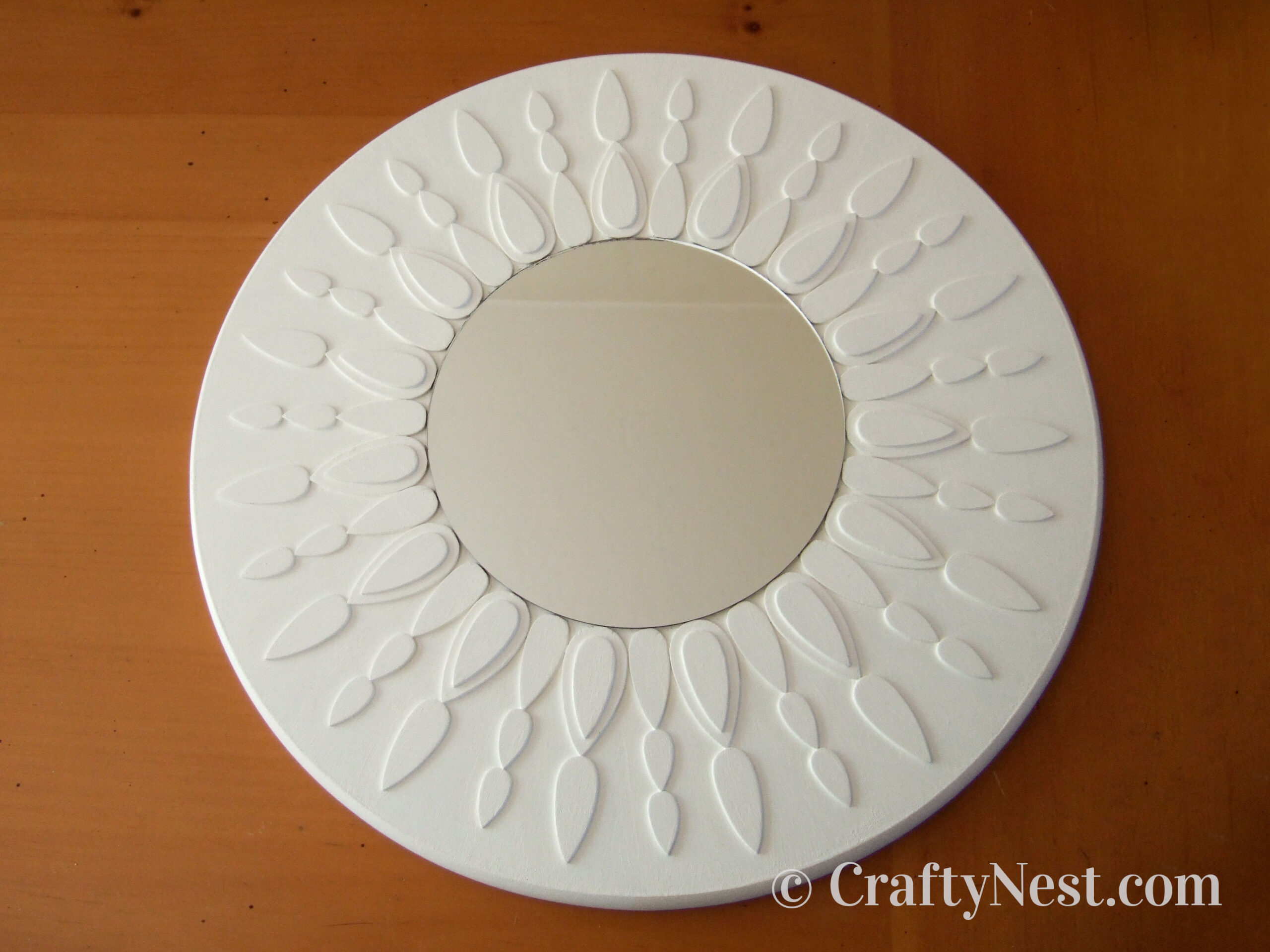 DIY white sunburst mirror, photo