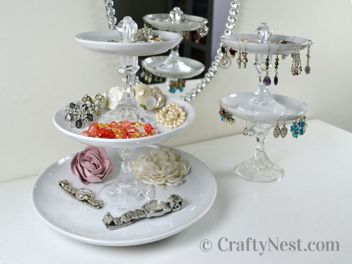 Tiered jewelry trays with jewelry, photo