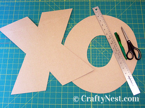 X- and O-shaped cardboard patterns, photo
