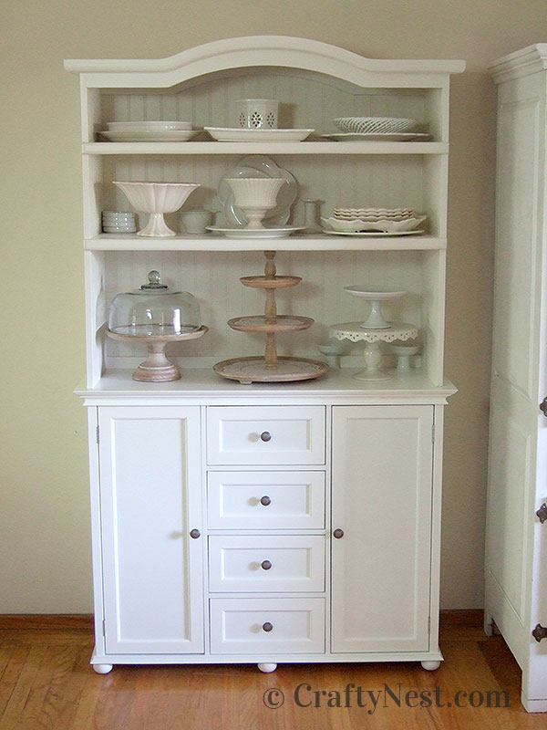 China cabinet with dishes, photo