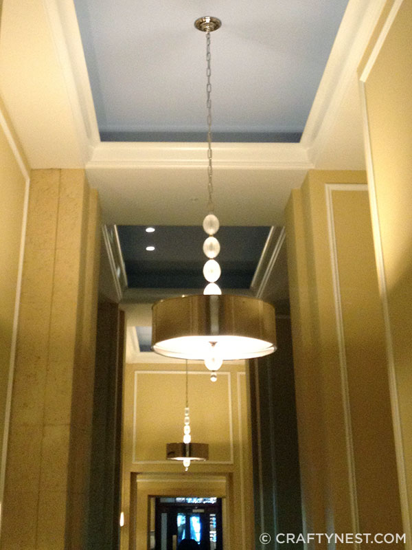 Hallway ceiling in Hotel Monaco, photo