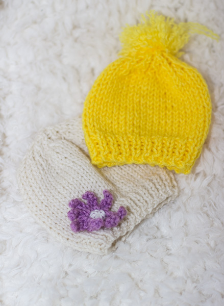 knit baby hat -free knitting pattern - newborn knit baby hat