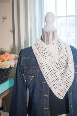 Free Crochet Sping Scarf Pattern and Video Tutorial. Learn to create a lovely lightweight spring scarf with this pattern and video instructions.