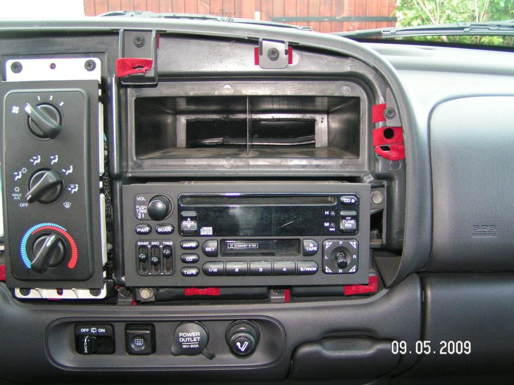 medium resolution of radio replacement 2005 durango wiring diagram