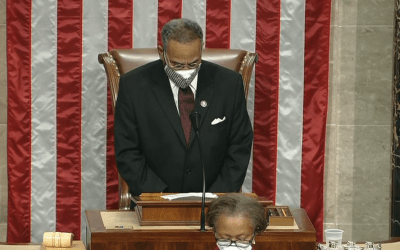 "God Forgive Us: Pro-Socialist Pastor/Congressmen Opens New Congress Praying to Hindu god and Politicizes ""Amen"" [See Disturbing Video]"