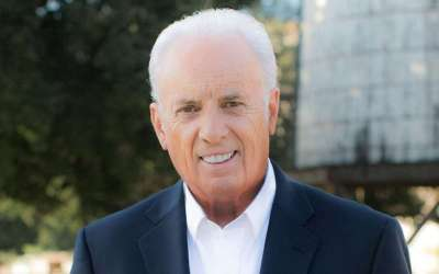 Pastor John MacArthur: Church Gets $800,000 from Government for Tyrannical and Unconstitutional Assault in Unsuccessfully Shutting Down His Church – 4 Things You Should Know