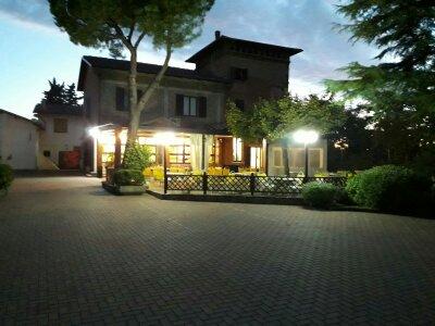HOTEL RISTORANTE IL CASTELLO  Benvenuti nel sito Circolo