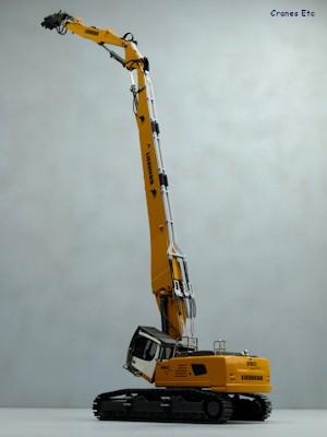 Conrad 2205 Liebherr R 960 Demolition Excavator Cranes Etc
