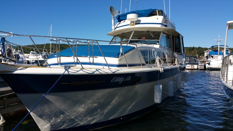 1986 Chris Craft 410 Commander Crates Lake Country
