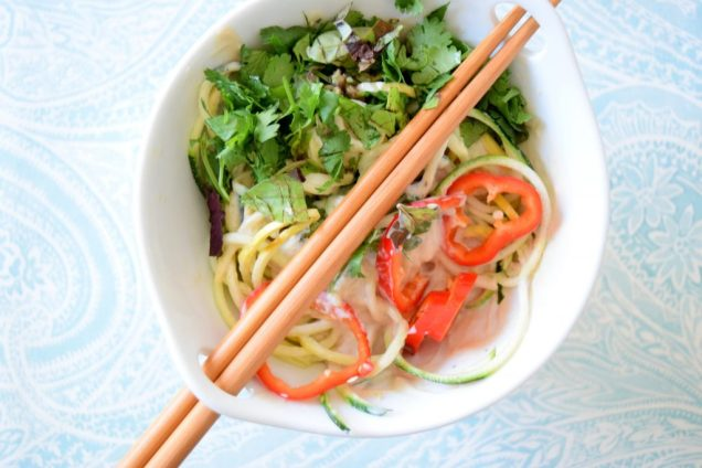 Raw Asian Noodle Salad-001