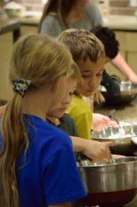 Kid's Pie Making Class 9.19.15-121