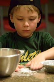 Kid's Pie Making Class 9.19.15-123